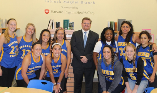 Worcester State Field Hockey, Women's Basketball Participate In Community Reading Day