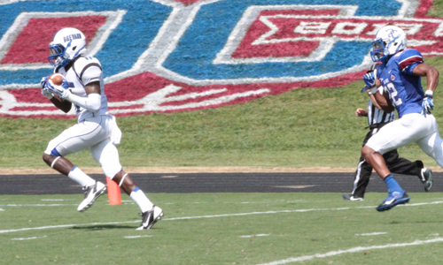 Tydrell Wright hauls in a game-tying TD in the 2nd quarter