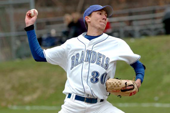Baseball bounces back with 9-6 win over Amherst