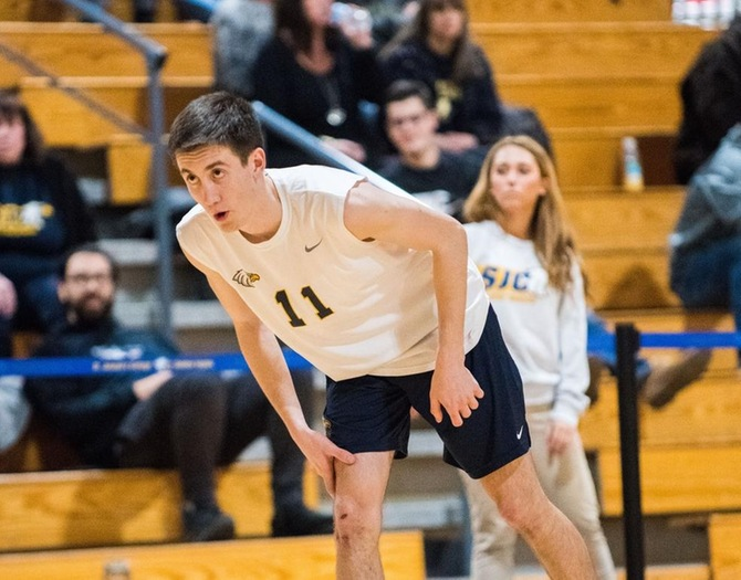 Men's Vollyeball Nabs Pair of Victories at Knight Classic