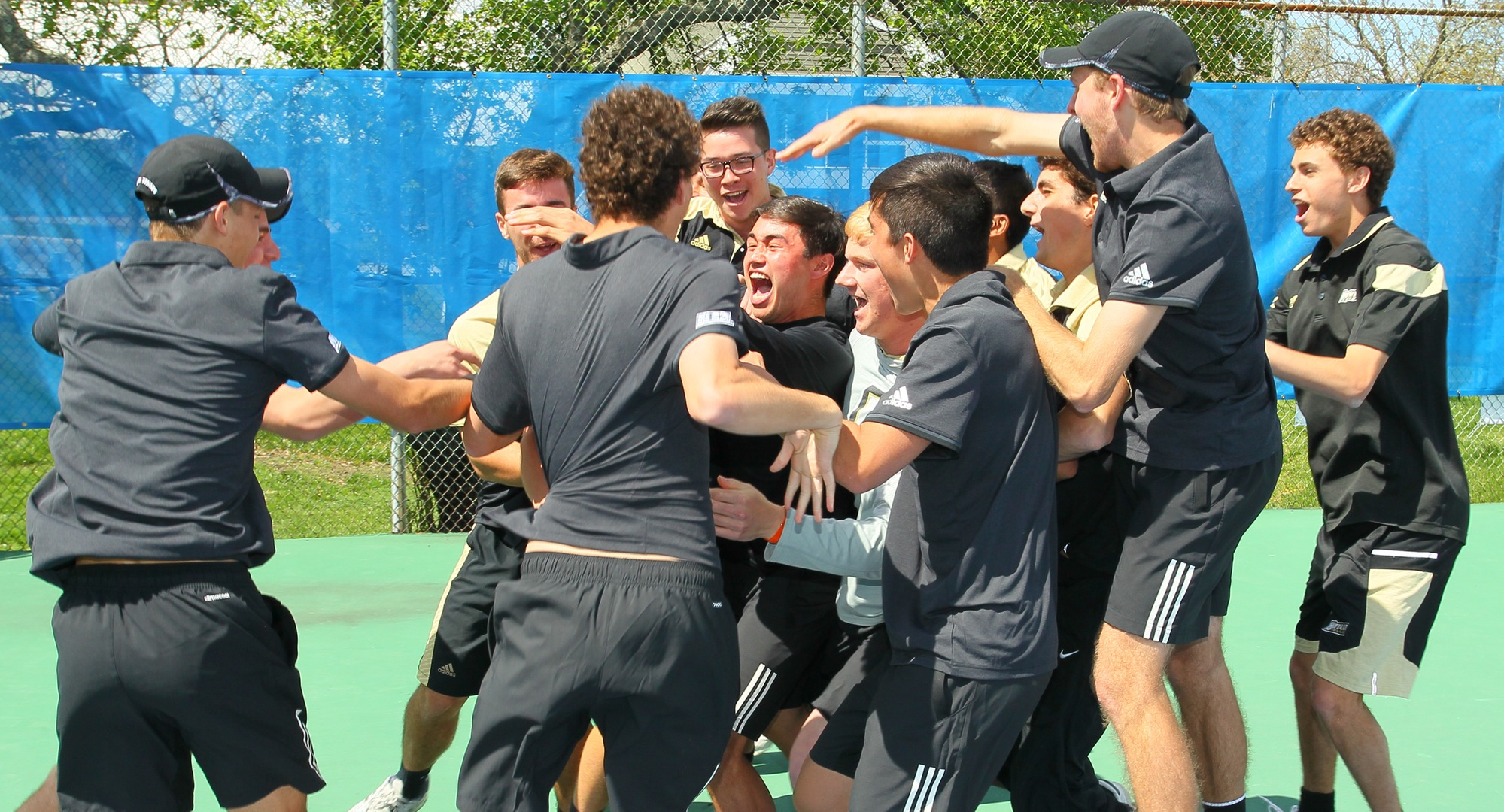 Bulldogs four-peat in NEC Championship, defeat Red Flash, 4-1