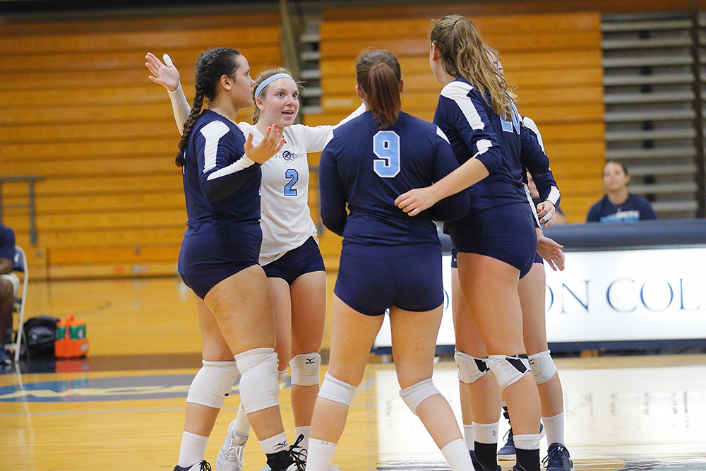 Lasell Women's Volleyball sweeps Mass. Maritime