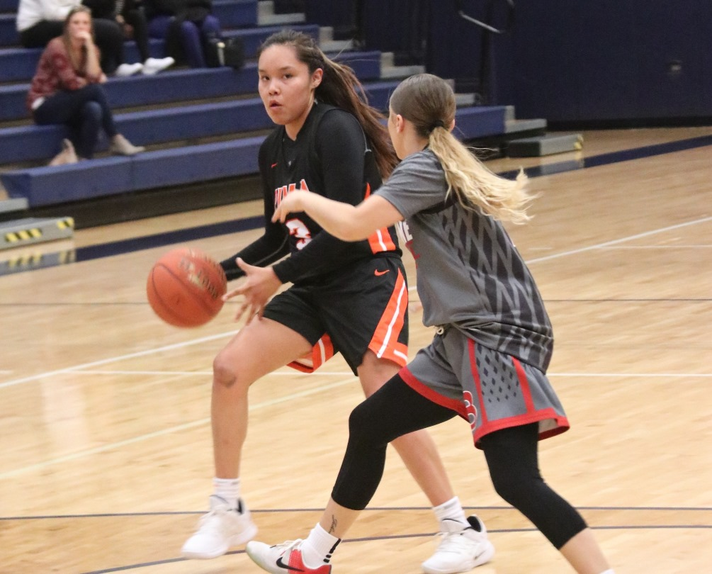 Sophomore Jacqulynn Nakai (Coconino HS) scored a game-high 26 points but the No. 14 ranked Aztecs women's basketball team fell to No. 7 Illinois Central College 96-90. Nakai averaged 24.6 points during the three games at the Eastern Arizona Classic. Photo by Stephanie Van Latum