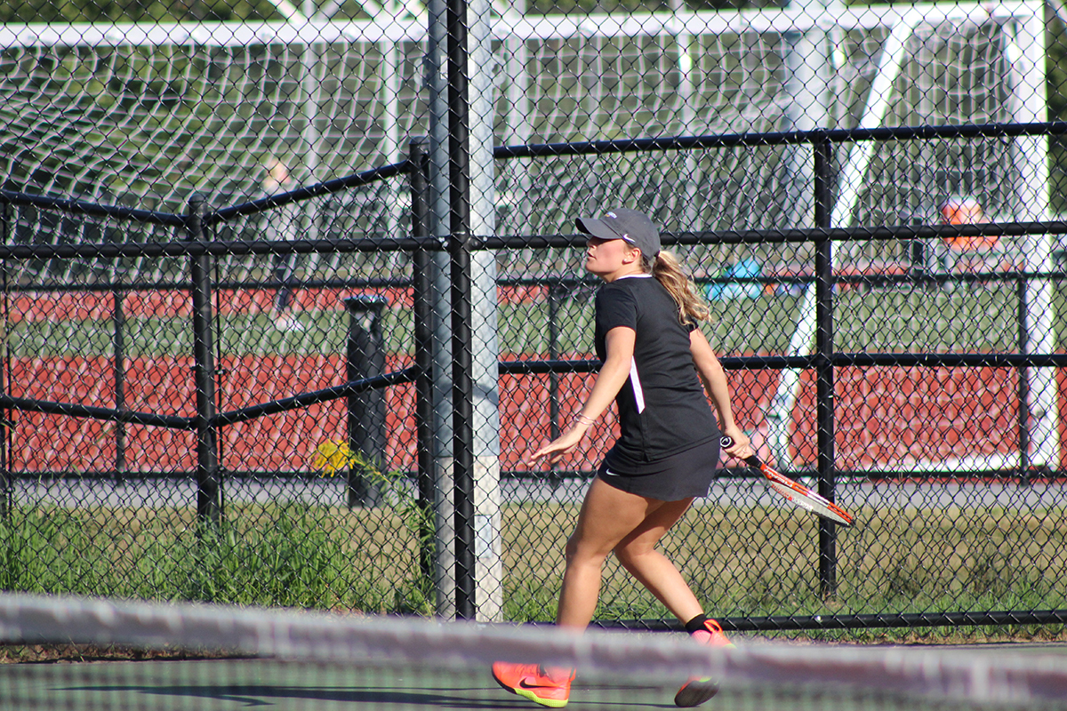 Women's Tennis Defeated by Eastern Nazarene