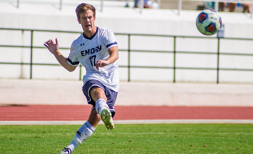 Men's Soccer Remains Perfect with 4-0 Win over Sewanee