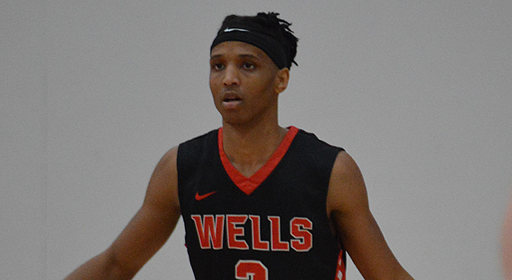 D'Youville Runs Past Wells Men's Basketball