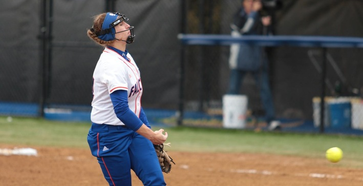 Softball walks off to a pair of wins over Lakeland