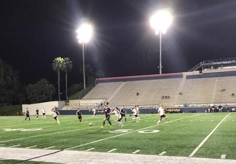 Men's soccer team wins under the lights at Orange Coast