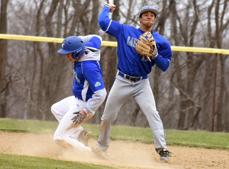 Offense wakes up in second game for Lakers to beat Eastern Gateway, 11-4