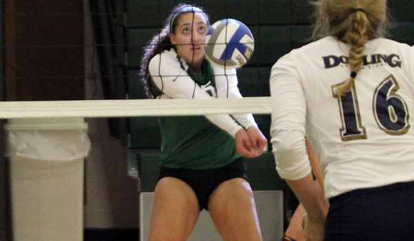 DiGiacinto Becomes Wilmington's Sixth Player with 1,000 Career Digs in 3-1 Win at Bloomfield
