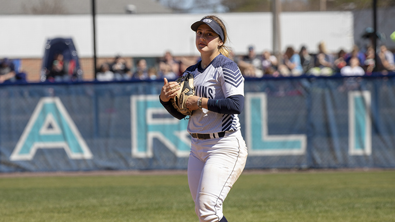 Softball uses 11 Hits to Bypass Scranton in NCAA Opener