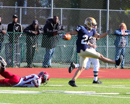 Gallaudet victorious on Homecoming with 33-6 win over Anna Maria