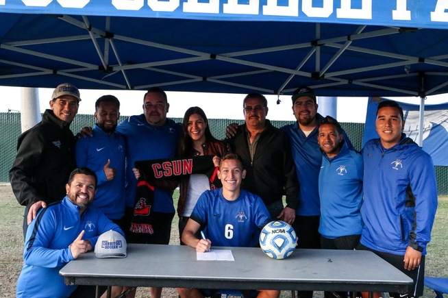Esteban Camacho signs with Cal State Northridge