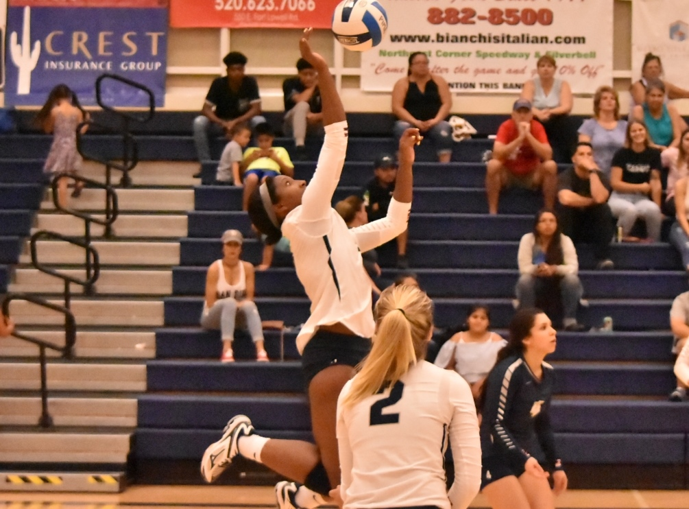 Sophomore Victoria Davis (Sahuaro HS) led the Aztecs with 20 kills and 21 digs earning her ninth double-double of the season in Pima's four set win at Phoenix College. The Aztecs are 7-11 overall and 4-4 in ACCAC conference play. Photo by Ben Carbajal