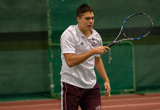 Dylan Ackerman men's tennis action Chandler Mosher photo