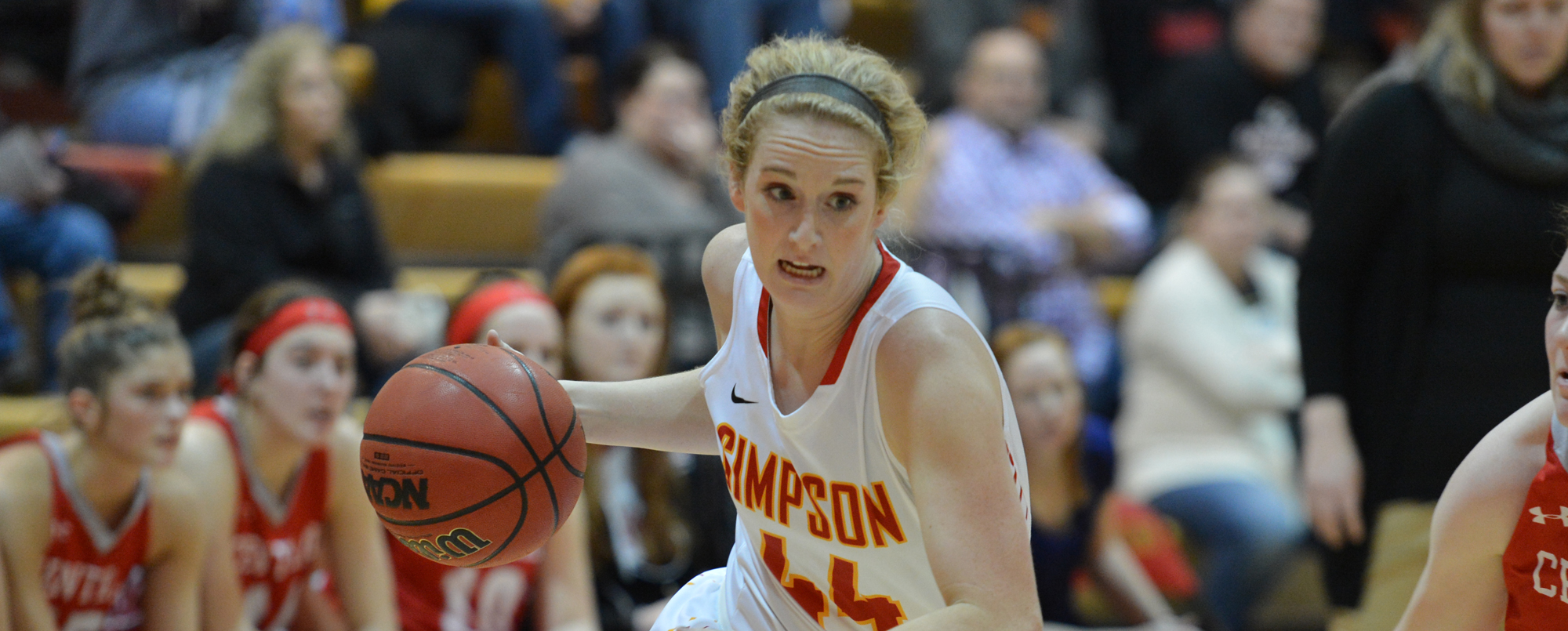 Maddie Simmons scored a career-high 14 points in Simpson's 64-61 win over Coe.