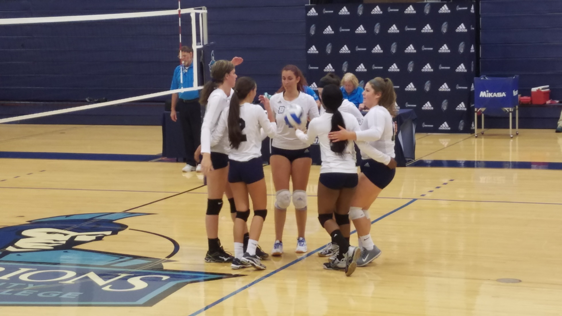 Women's Volleyball: Big improvement in game 2
