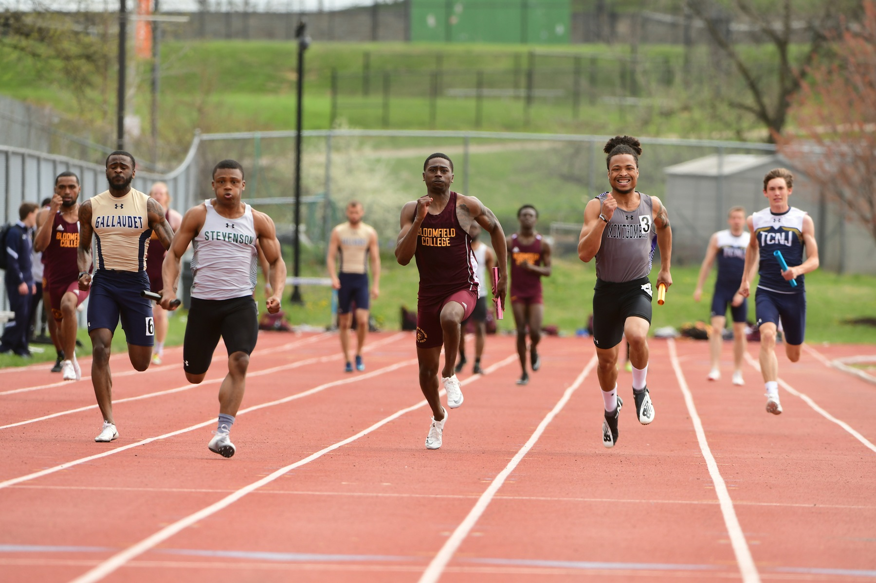Davis Sets Personal Best in 100, Places Sixth at Morgan State Legacy Meet