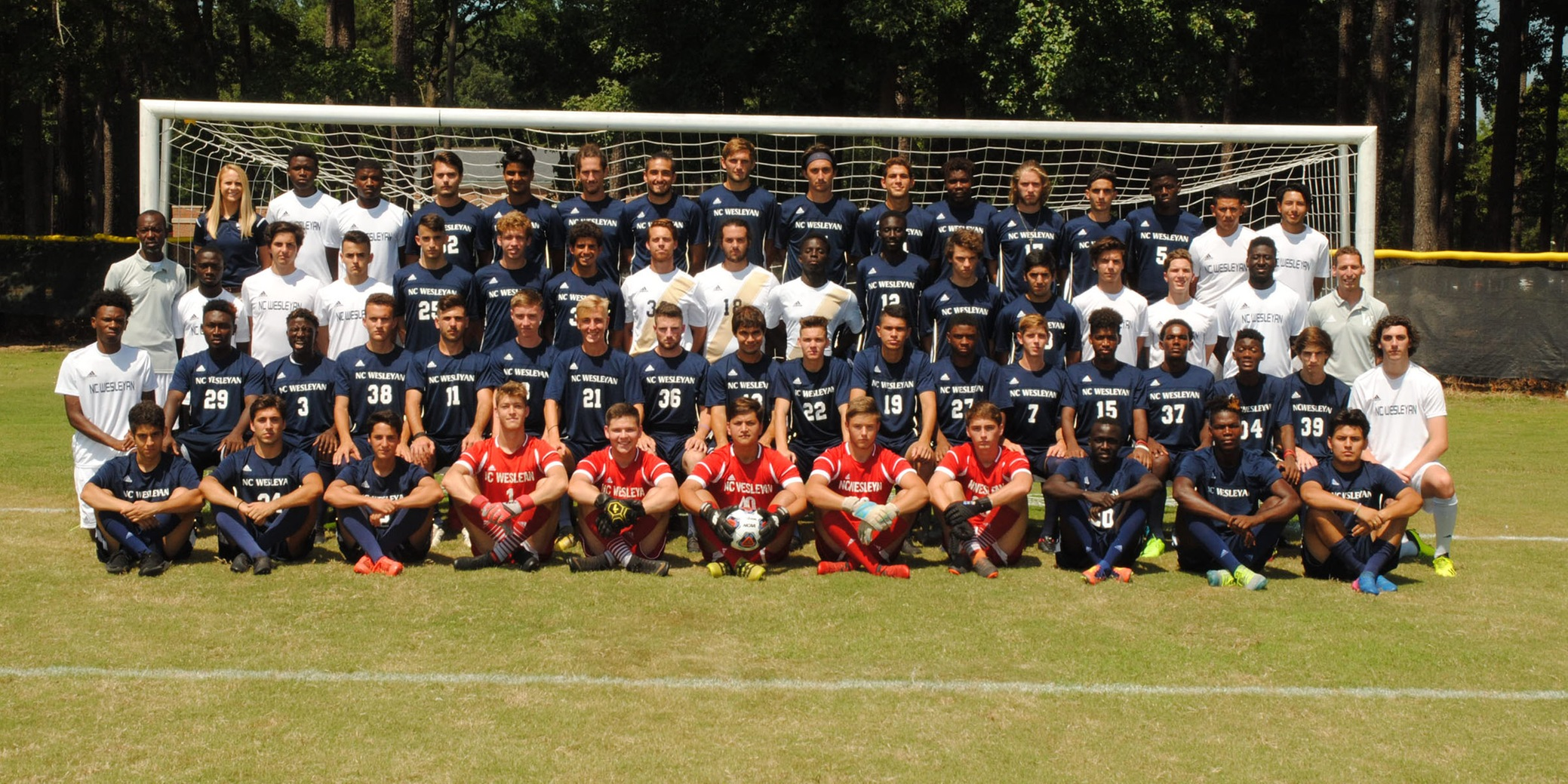 Men's Soccer suffers tough loss in USA South Semifinals; Genovese named to all-tourney team