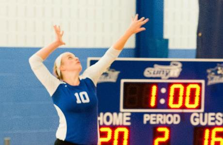 Women's Volleyball Swept by Utica on the Road