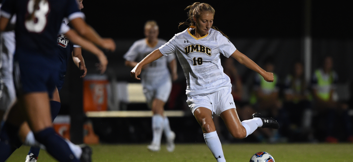 Women's Soccer Drops America East Opener to New Hampshire, 4-0