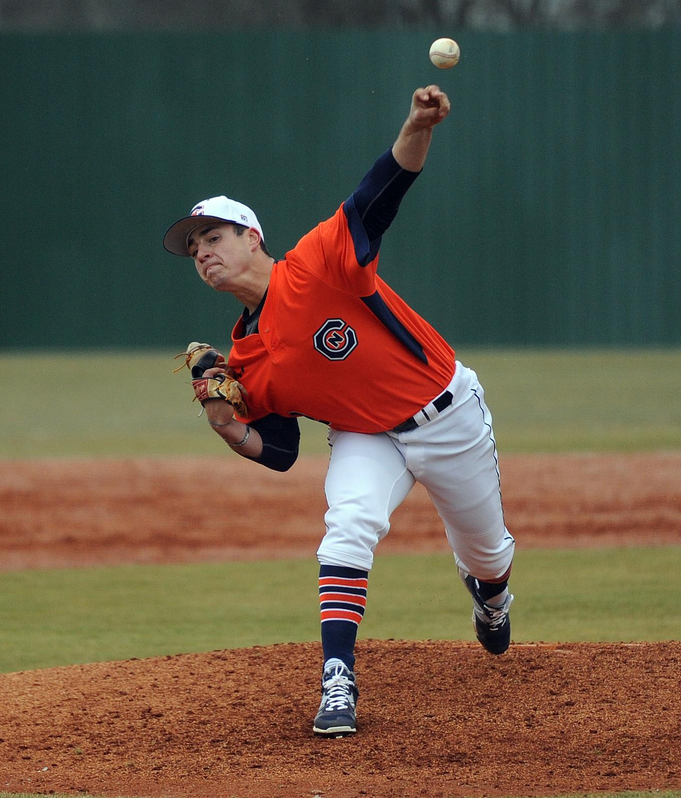 Apicella nets SAC Pitcher of the Week
