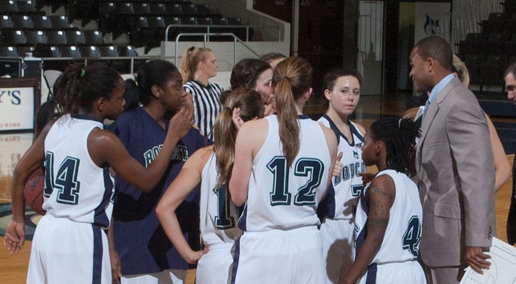 GC Women's Basketball Falls 75-52 in Season Opener