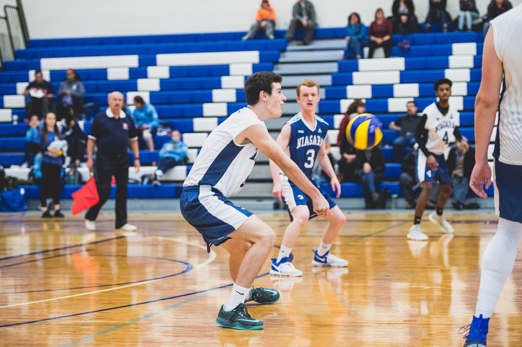 RECAP: Men's Volleyball Impressive in 2018 debut