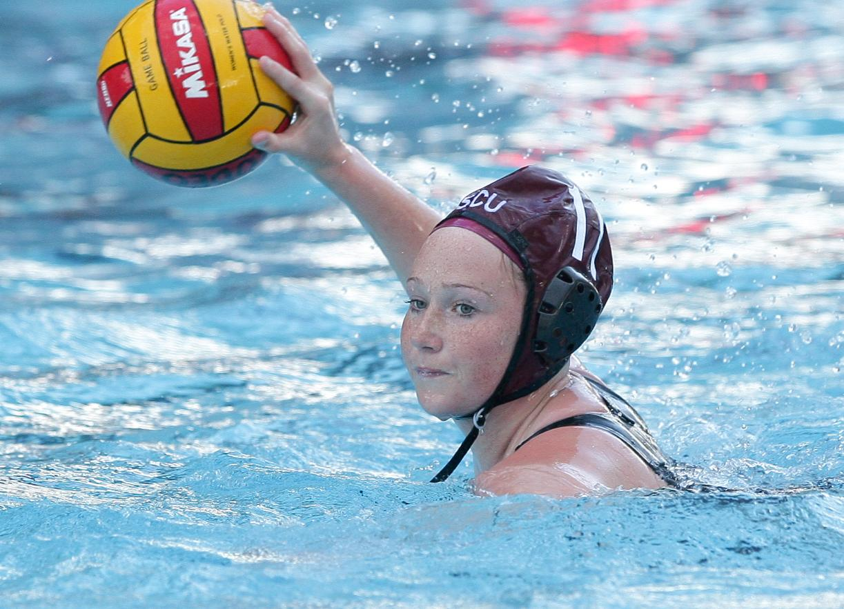 Laura Espinosa Named WWPA Player of the Week; SCU to Play at UC Davis