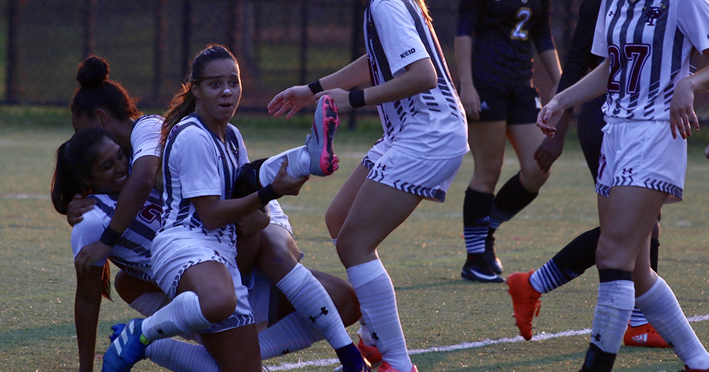 Women's Soccer Strikes Early, Adds Late Insurance in 3-0 Win Over AIC