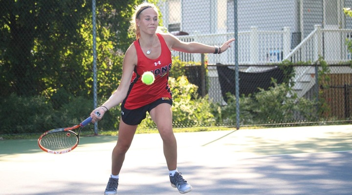 Women's Tennis Downs Regis for Third-Consecutive Victory