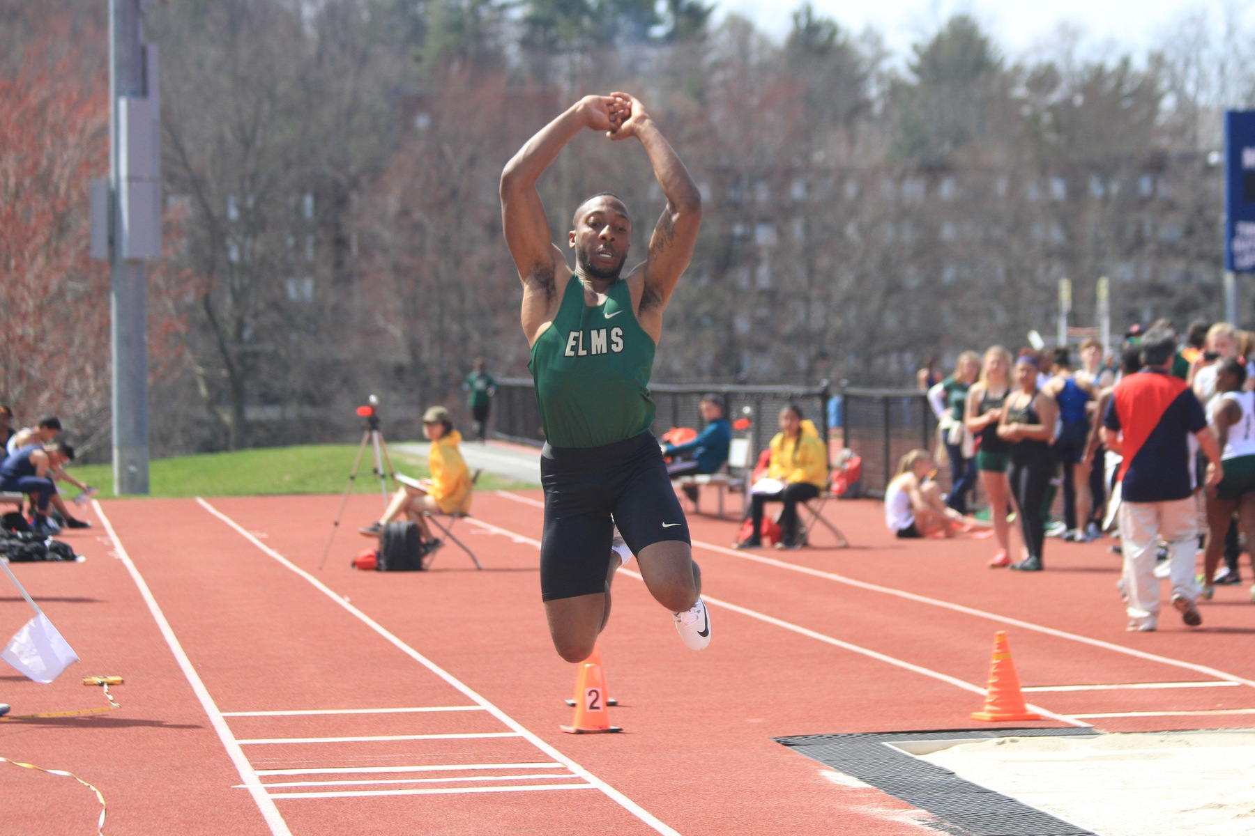 Track and Field Sets Seven School Records At Springfield Invitational
