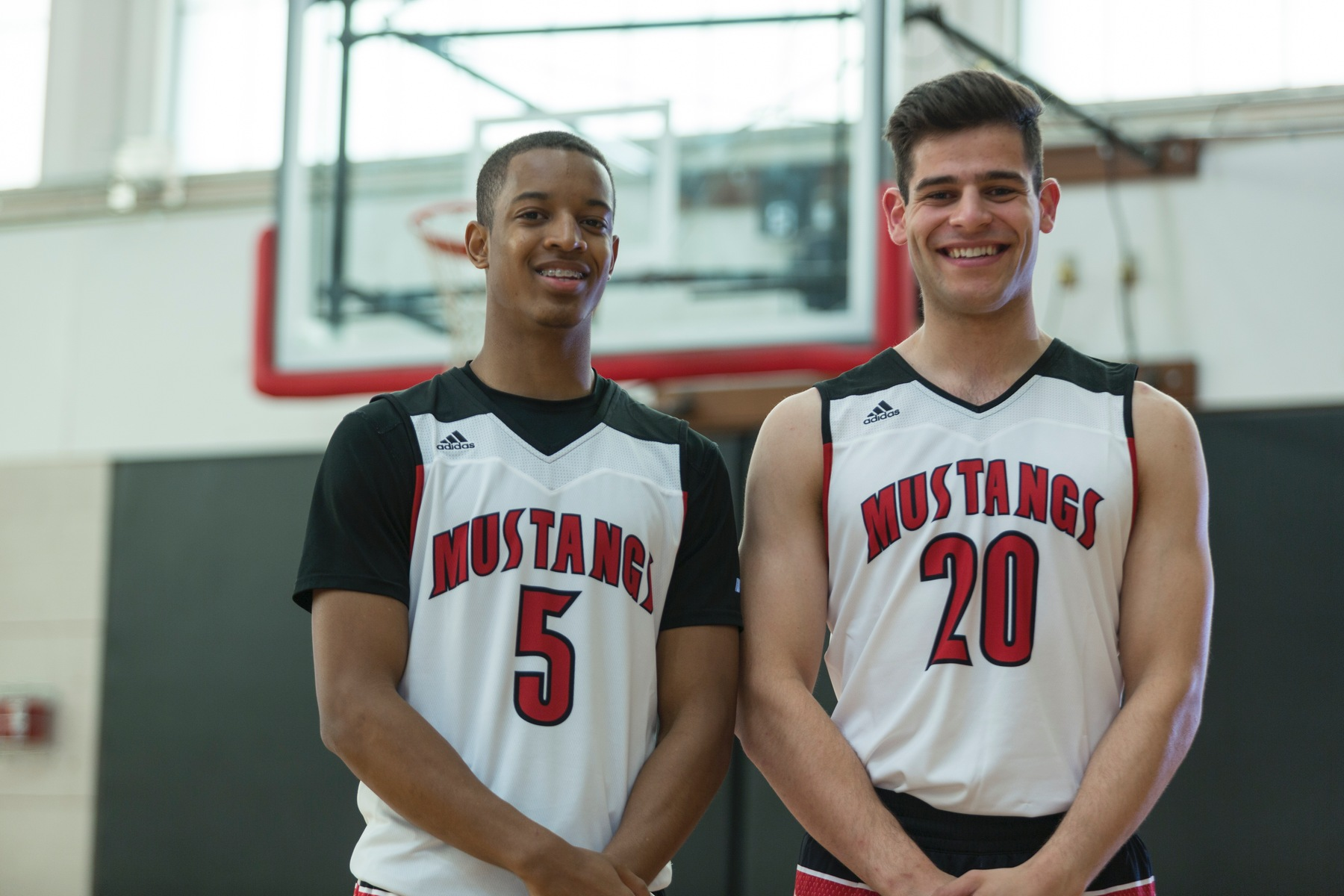 Mustangs Name 2016 Basketball Captains