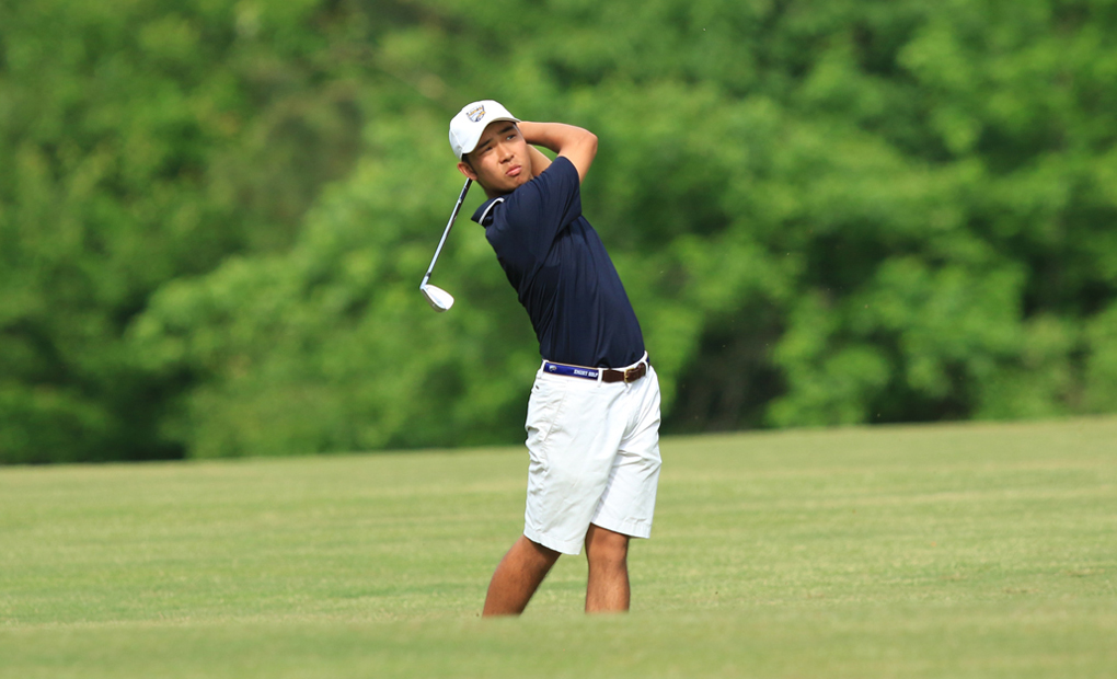 Eric Yiu Captures UAA Golf Honor