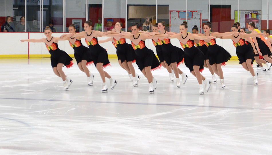 @AdrianVSST Senior Synchronized Skating Earns Gold In Season Debut at Diamond Classic