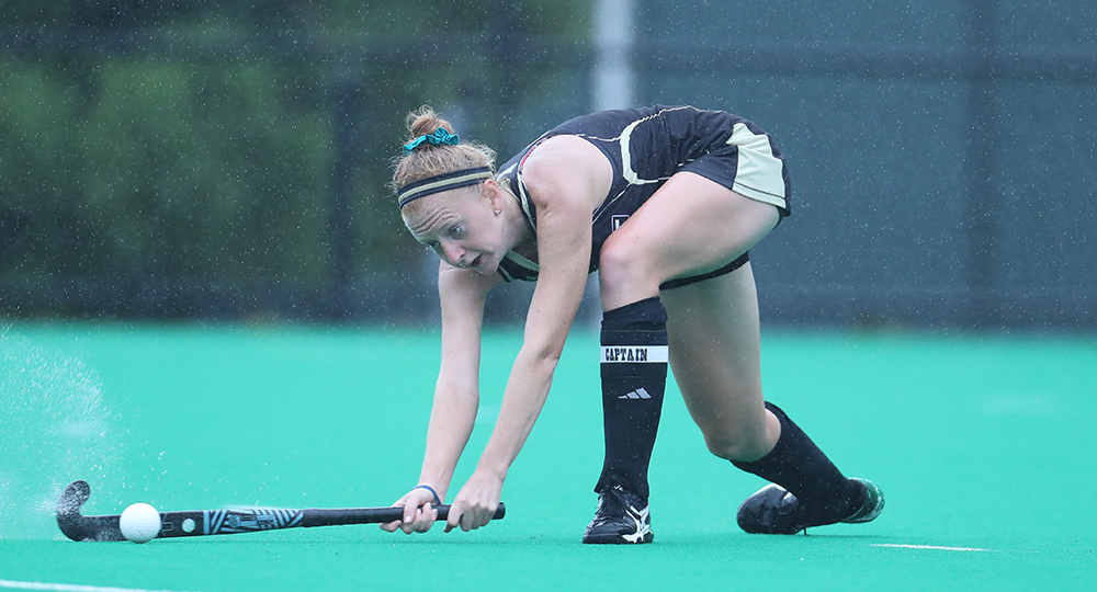 Bryant battles Vermont to 1-0 loss on Friday afternoon