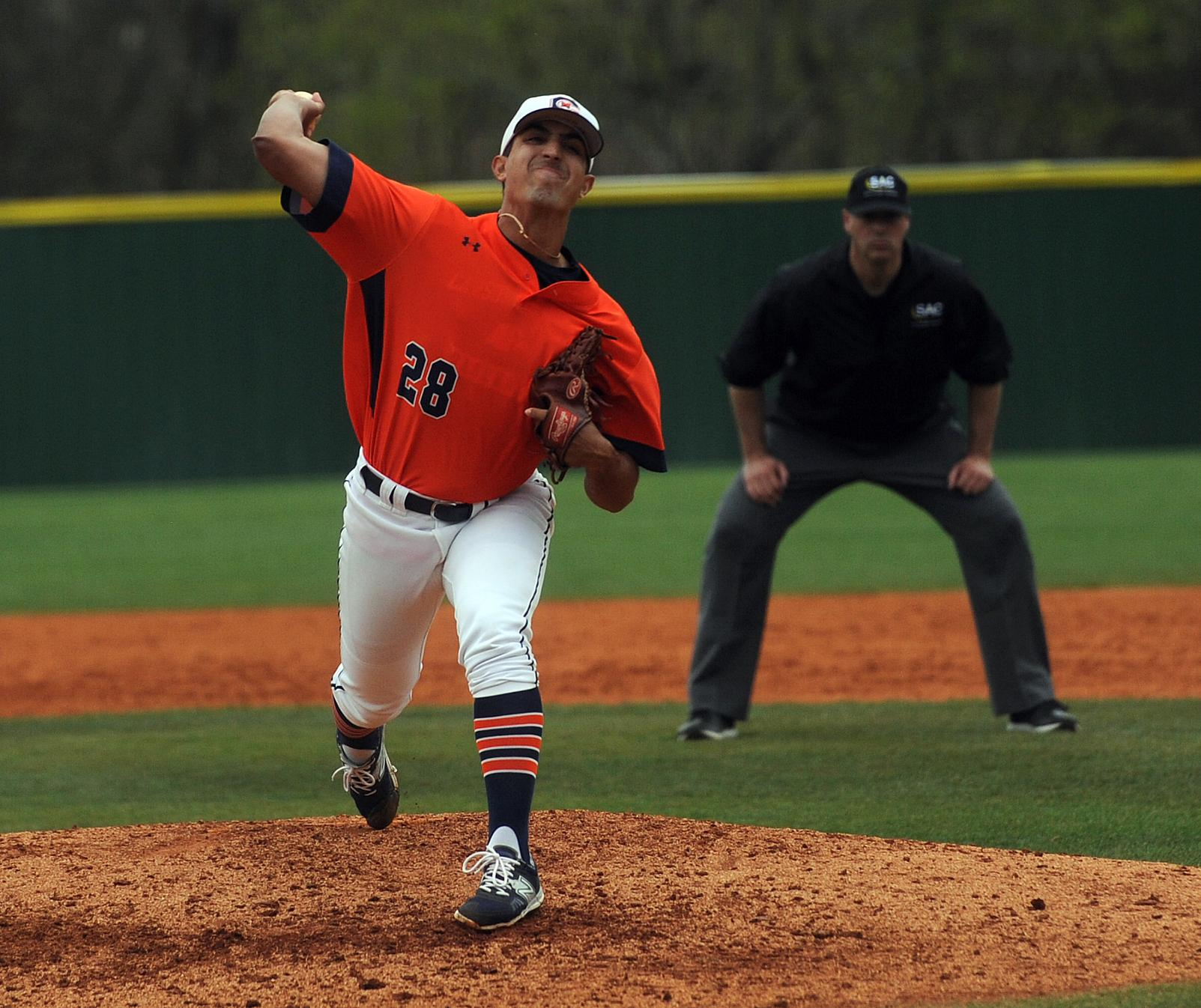 Northwood evens series as Eagles struggle with runners on