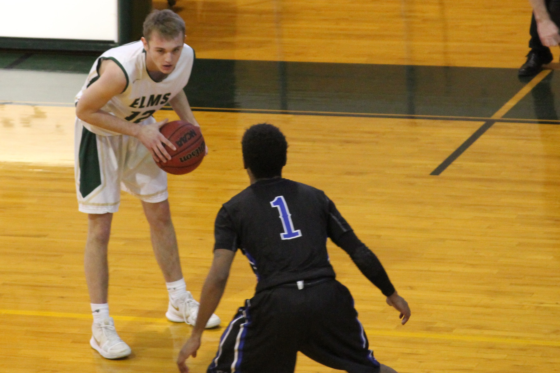 Ohradka's 29-Point Outburst Paces Men's Hoops To Victory