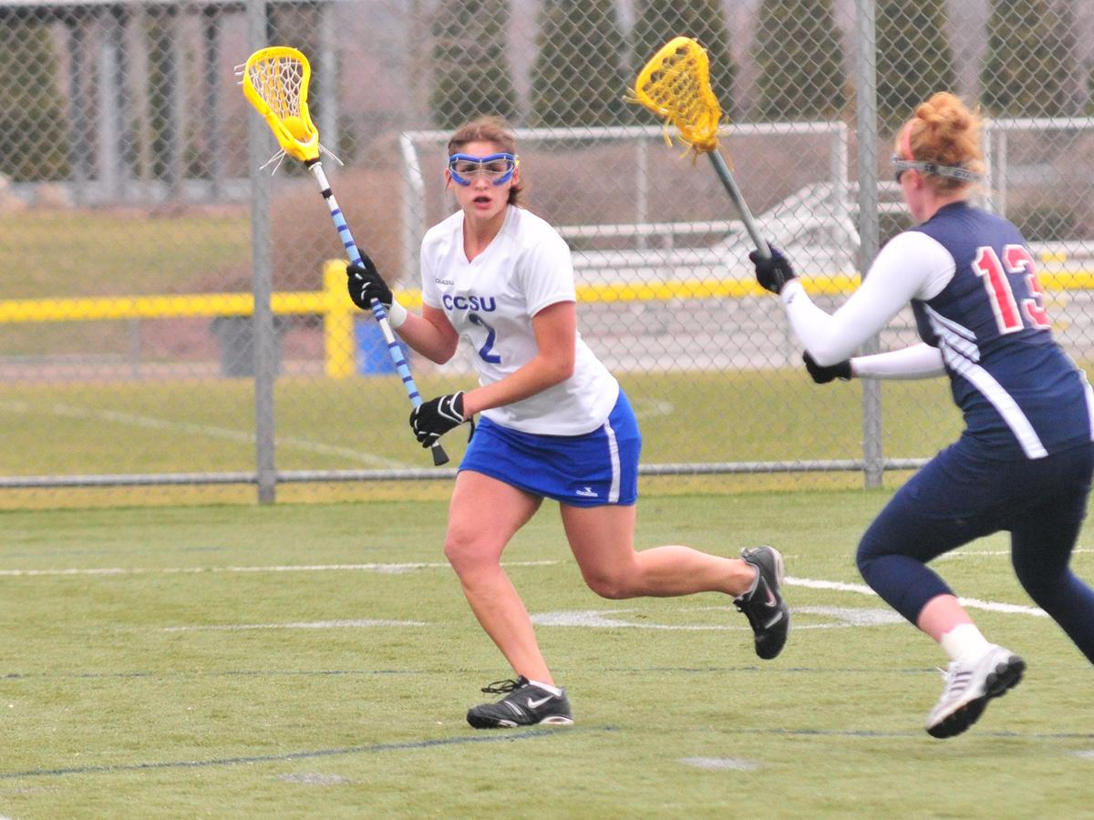 Women's Lax Falls to Quinnipiac 15-7