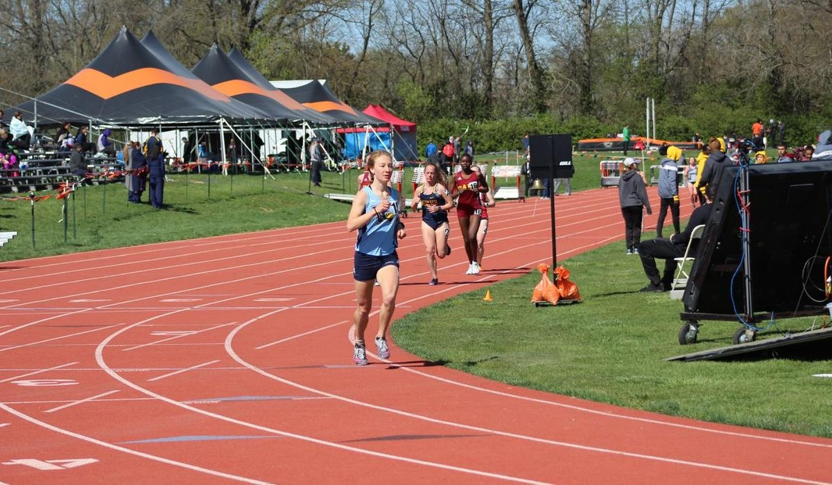 Kuykendall Captures Two SLIAC Track Titles