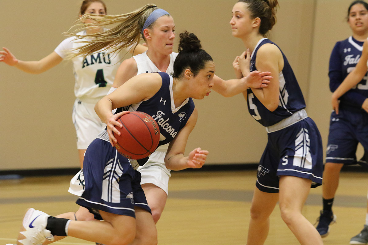 Women's Basketball Can't Come Up With The Victory Against Ave Maria University