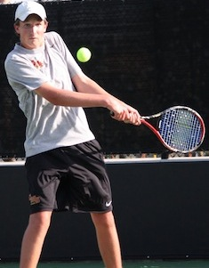 Men's Tennis Opens SCIAC Play With 9-0 Win Over Oxy