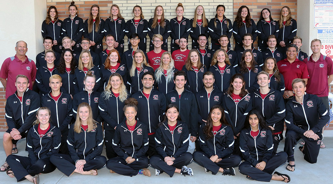 Swimming & diving team photo
