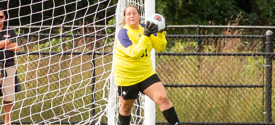 Women's Soccer Drops 1-0 Defeat To Lesley