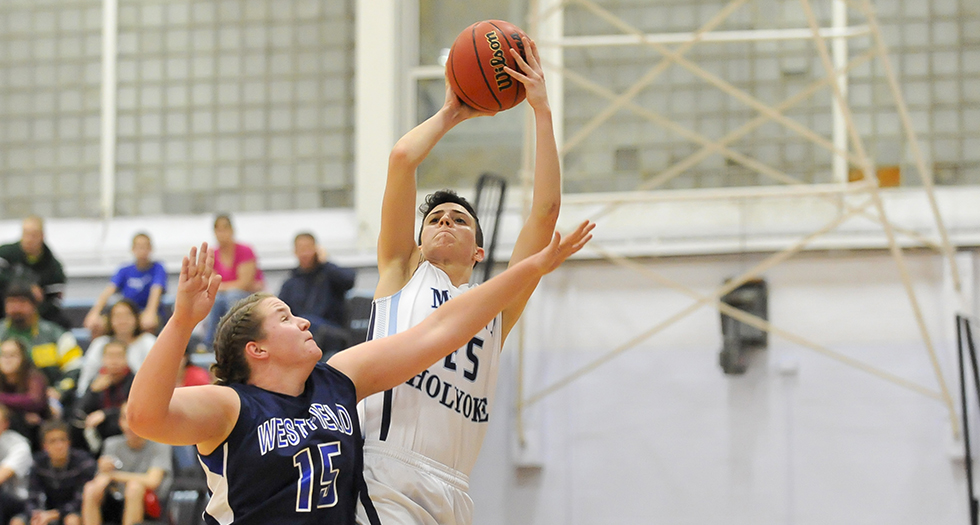 Basketball Tripped-Up By Wheaton, 57-43