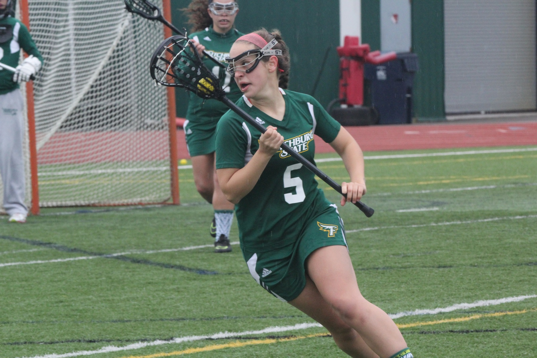 Fitchburg State Nips Worcester State, 11-10