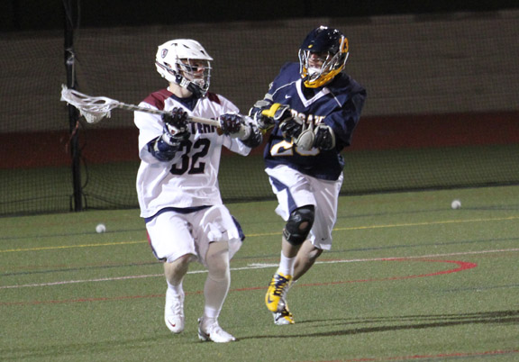 Early Run Propels Men's Lacrosse in LEC, 15-8