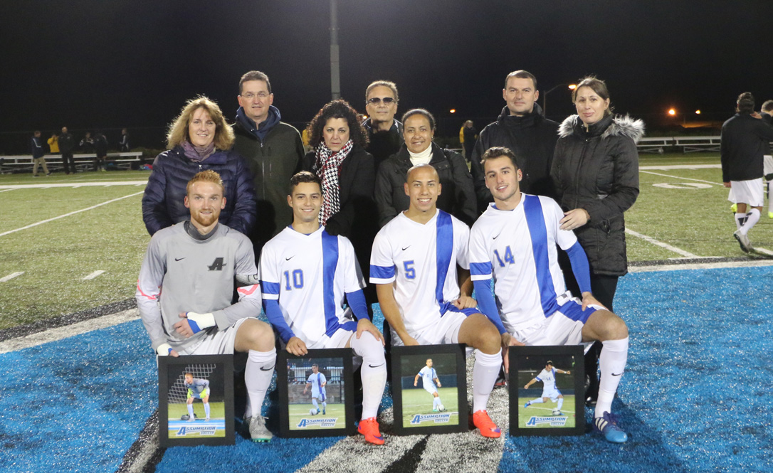 Men's Soccer Falls to SNHU 6-1 on Senior Night