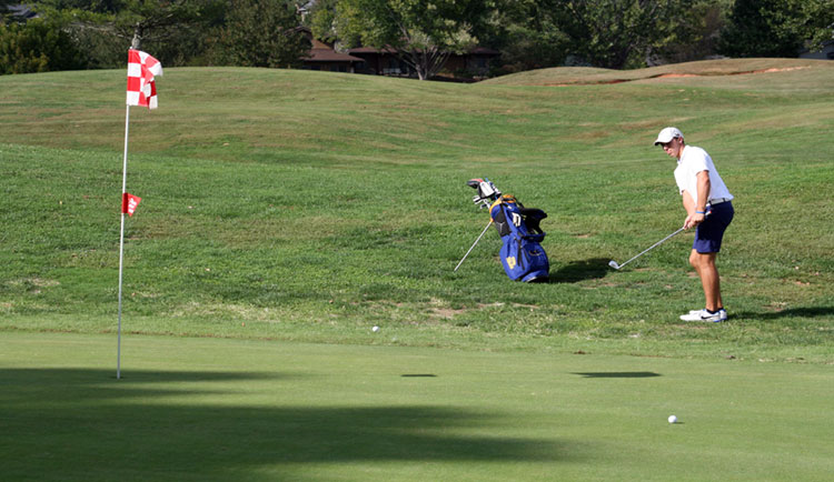 Mars Hill opens play at SAC Championships