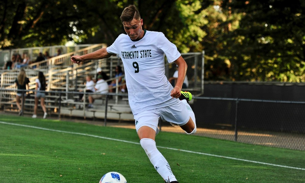 BENJI KIKANOVIC RANKED 16TH IN THE NATION AMONG FRESHMEN MEN'S SOCCER PLAYERS